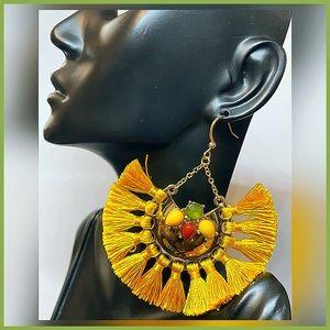 🏷 🆕 RARE Max Edition Mustard Yellow Earrings